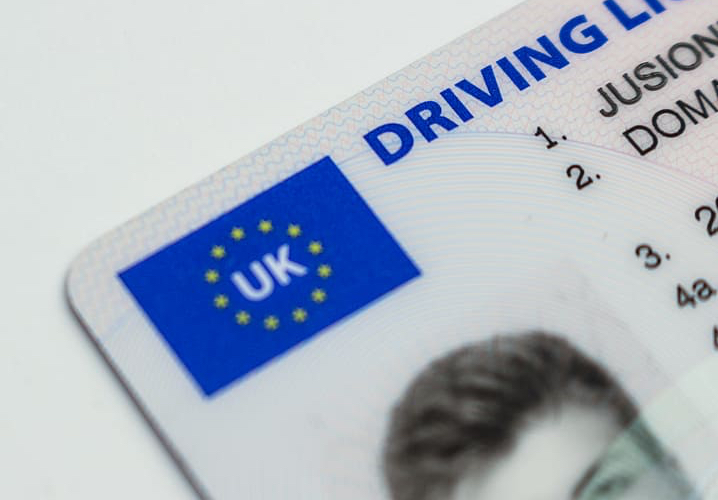 The Big Con: 'Genuine' Driving Licences on Sale for £500